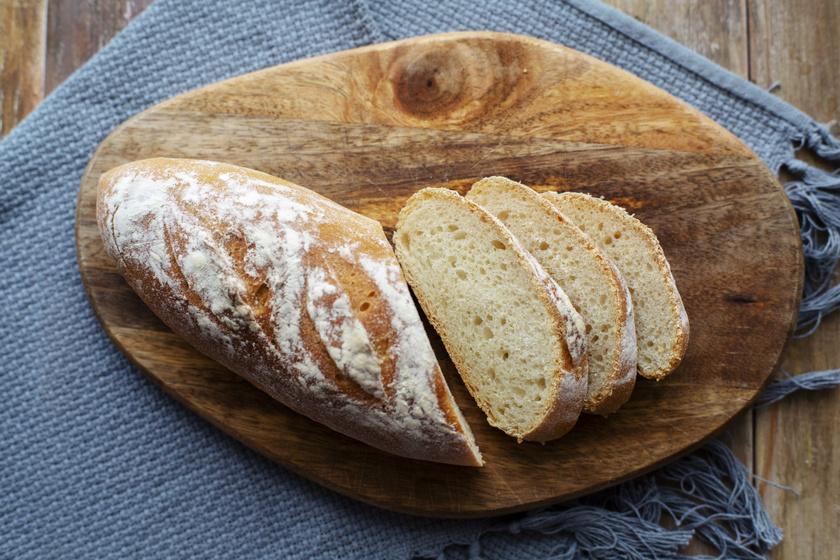 Penészedik a kenyér? 8 tárolási hiba, amitől hamarabb romlik az étel