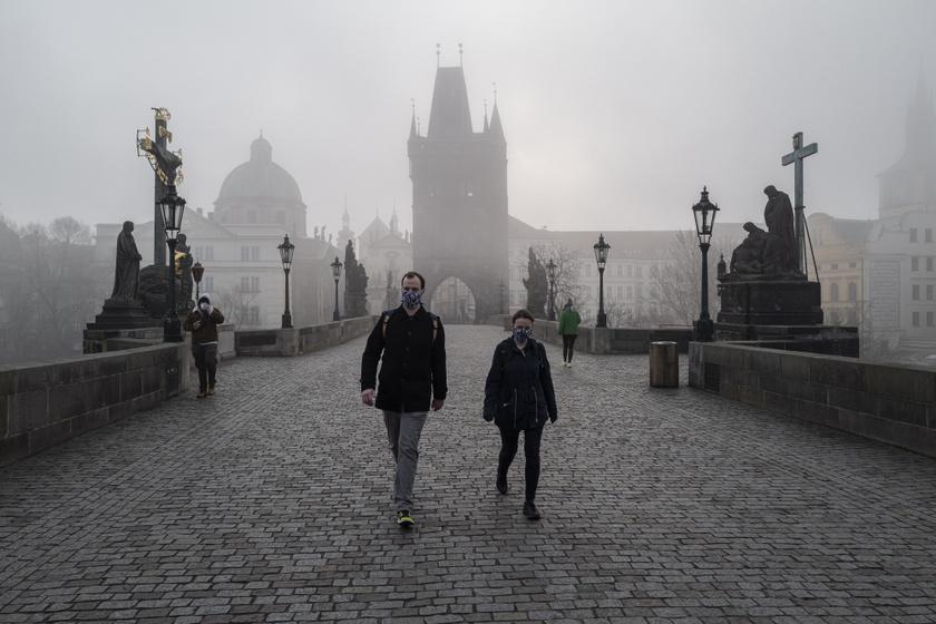 Így néznek ki most a legkedveltebb turistacélpontok: mintha kísértetjárta városba tévednénk