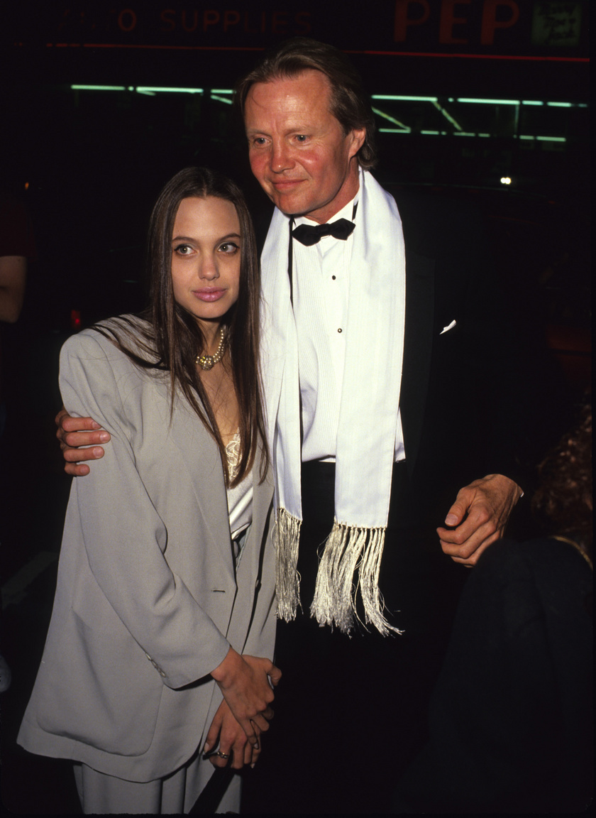 angelina jolie dad