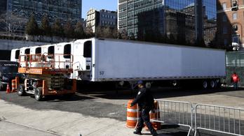 New Yorkban olyan magas a halottak száma, hogy ideiglenesen hűtőkamionba helyezik a testeket