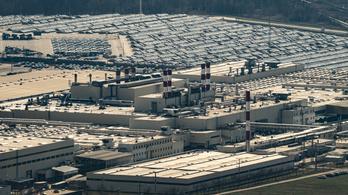 Meghosszabbítja a leállást az esztergomi Suzuki gyár