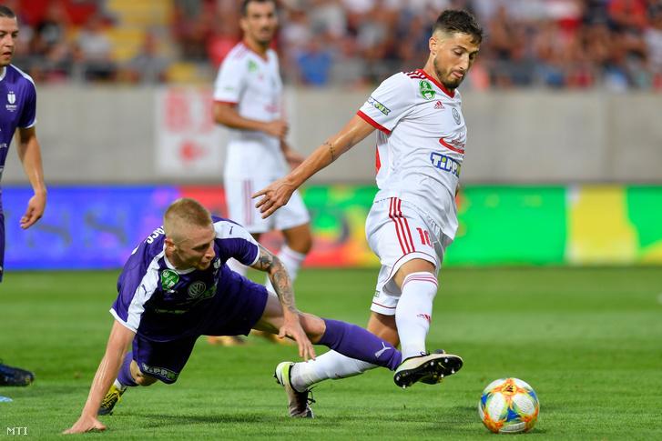 Az újpesti Kovács Lóránt (b) és a kisvárdai Gheorghe Teodor Grozav a labdarúgó OTP Bank Liga 4. fordulójában játszott Kisvárda Master Good - Újpest FC mérkõzésen a kisvárdai Várkert Stadionban 2019. augusztus 24-én.