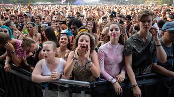 Tízmillió dollárral segíti a Live Nation az elmaradó turnék miatt nehéz helyzetbe került dolgozókat