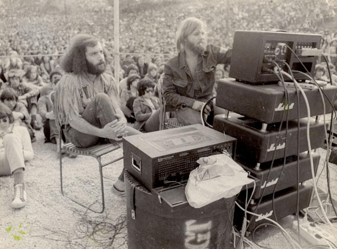 Dul János Göndör és Nemes László 1972. május 1-jén a Tabánban, az LGT koncertjén