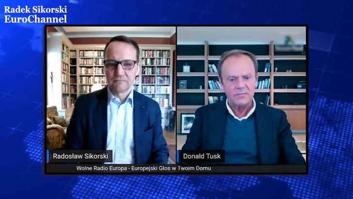 Radosław Sikorski lengyel néppárti EP-képviselő és Donald Tusk videóbeszélgetése
