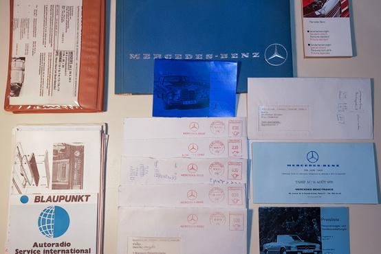 Még néhány papír