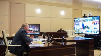 Putyin távvezérlésre tért át a fertőzött orvossal való kézfogás után