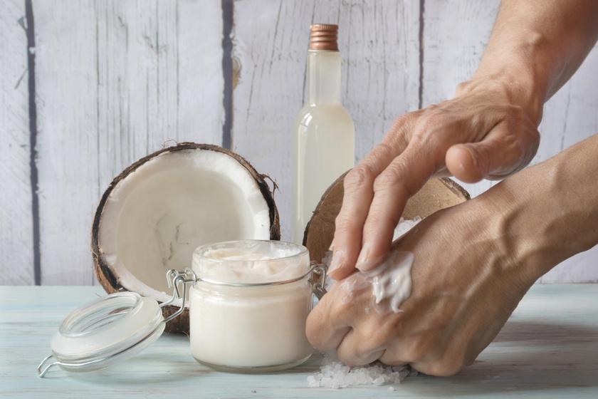8 házilag elkészíthető kence a kézfertőtlenítőtől kiszáradt kézre: azonnal táplálják a bőrt