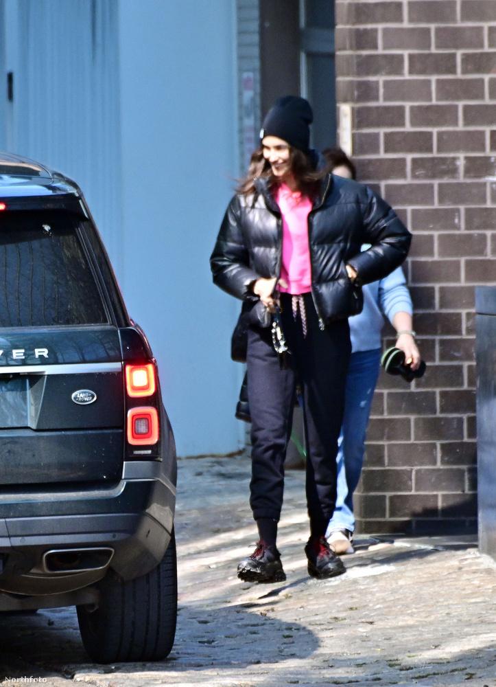A jelek szerint a páros egy héten többször is találkozik, ugyanis a minap Vito Schnabel érte ment kocsival.