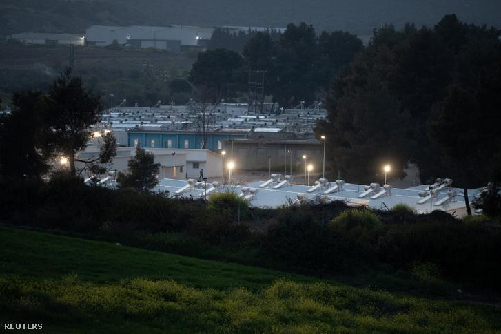 Az Athén melletti Ritszona menekülttábor 2020. április 2-án.