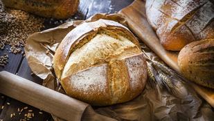 Próbáltad már a házi kenyeret egy adag friss medvehagymával?