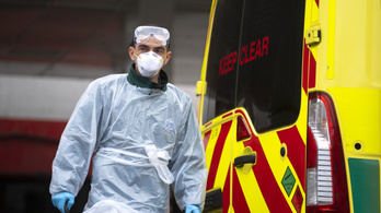 Útmutatót kaptak a brit orvosok, kit mentsenek meg, ha rosszra fordult a helyzet