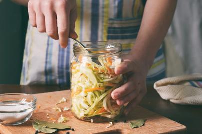 fermentalas-savanyu-kaposzta-savanyitas-erjesztes