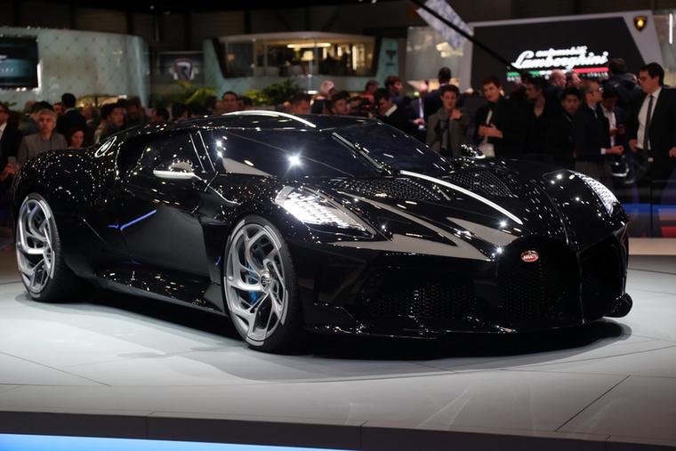 Az első helyezett pedig nem is volt kérdés, a Bugatti La Voiture Noire