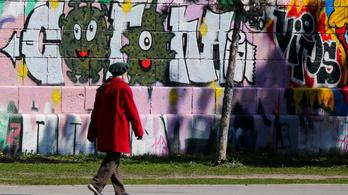 Koronavírus: Ausztriában csökken a fertőzés terjedésének mértéke