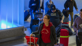 Több mint 759 ezer ember utazott be az USA-ba Kínából a kritikus időszakban