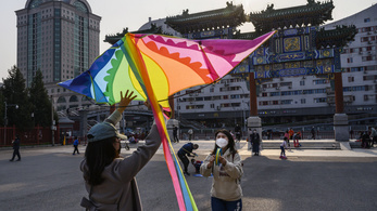 Ha Kínában már legyőzték a járványt, hogyhogy itt még nem is látszik a vége?