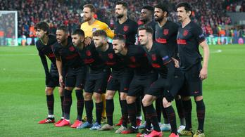 Az Atlético futballistái 430 dolgozó bérébe szállnak be
