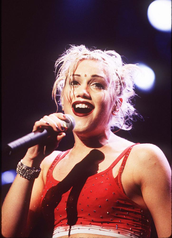 Gwen Stefani a No Doubt énekeseként kezdte, egészen pontosan 1986-ban