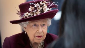 Tévébeszédet intéz a nemzethez II. Erzsébet