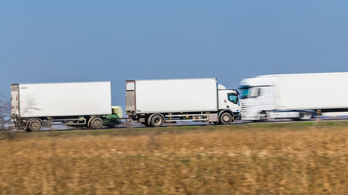 A járvány alatt nincs hétvégi kamionstop