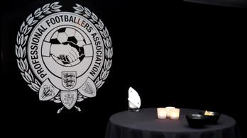 Az angol futballisták elutasították a bércsökkentést