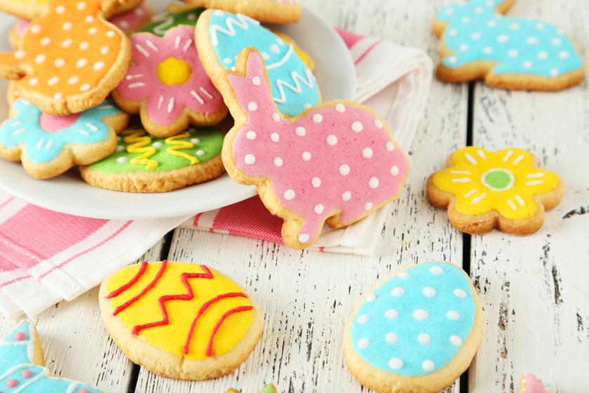 Omlós, húsvéti vajas keksz: linzertésztából a legfinomabb