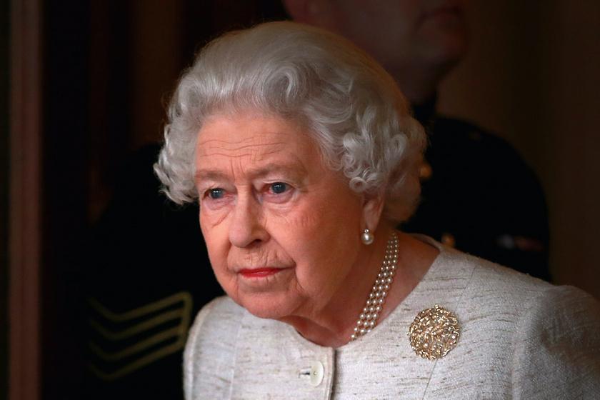 Erzsébet királynő megható módon szólt népéhez a koronavírus miatt - Rendkívüli tévés beszédet tartott