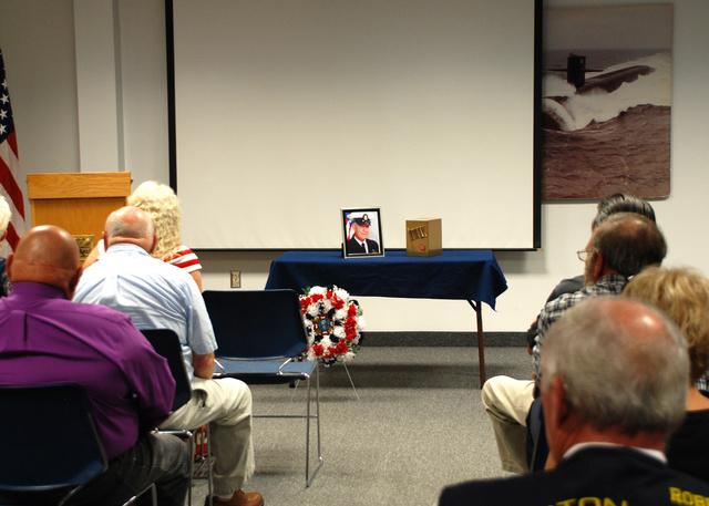 Ilyen egy tisztességes halotti megemlékezés az Egyesült Államok haditengerészeténél