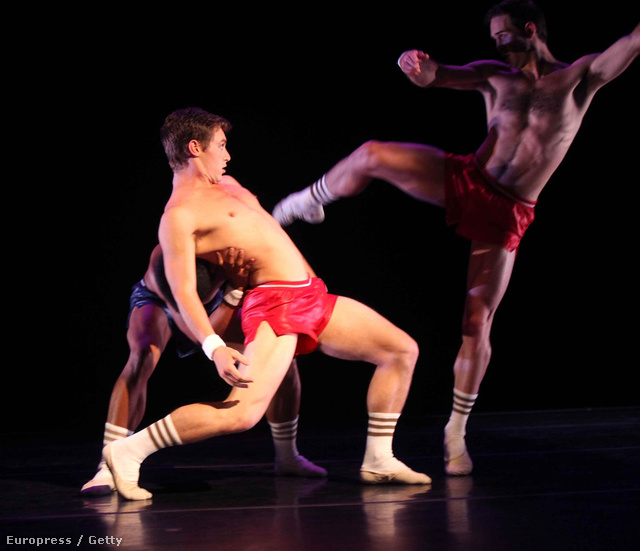 A Smuin Ballet nevű társulat táncosai