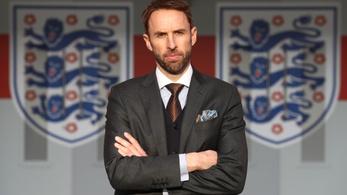 Az angol futballválogatott szövetségi kapitányának is csökkentették a fizetését
