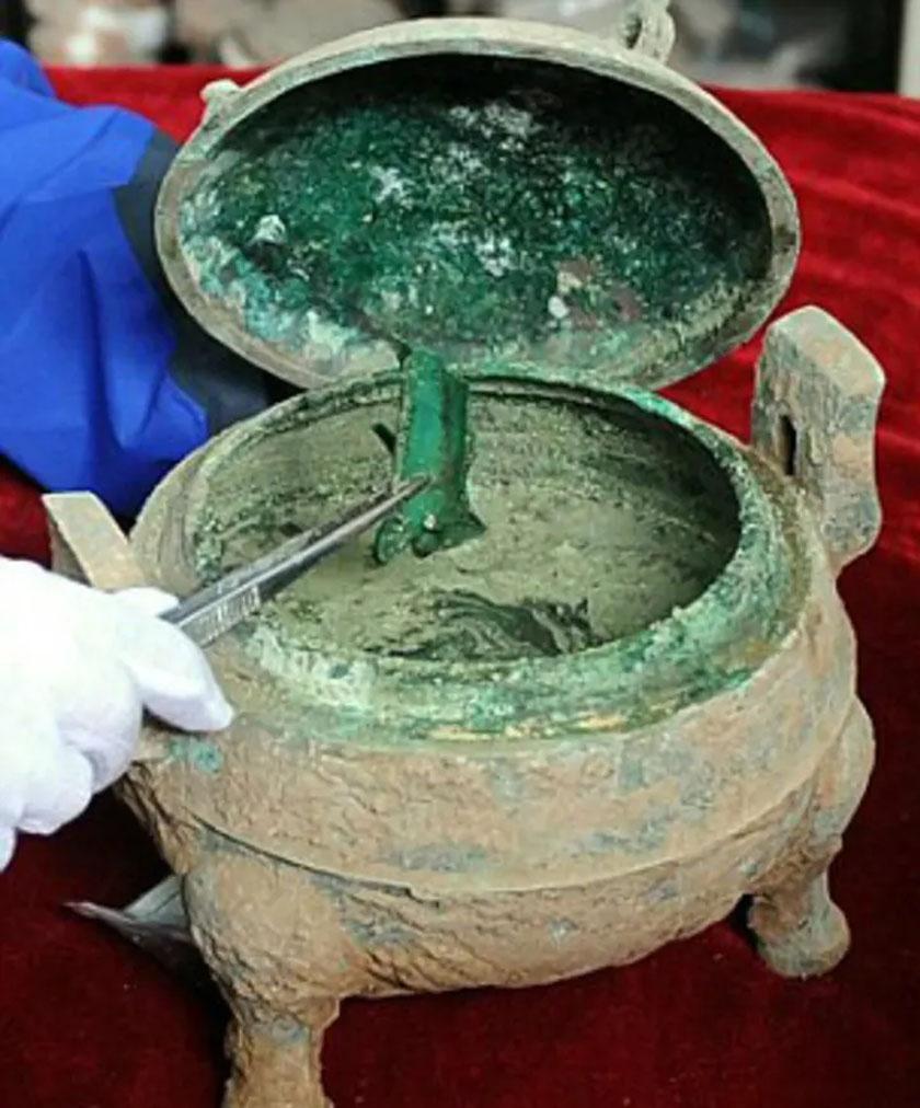 A 2400 éves levest egy ősi, Kínában feltárt sírban találták meg.