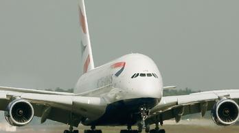Repülőgépeket alakítanának át intenzív osztályokká a britek