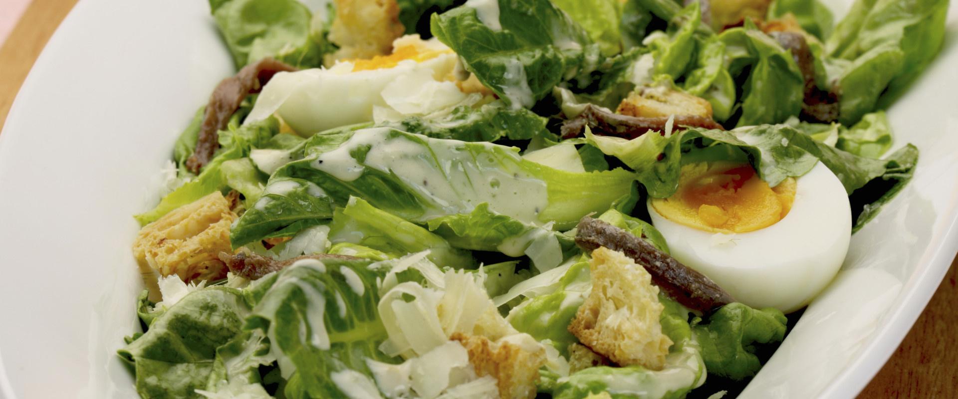 cézár saláta tojássa coverl