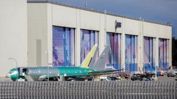 Az összes gyárát leállítja a Boeing