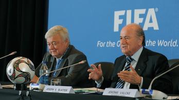 A katari vb korrupt odaítélésével vádolják a FIFA volt vezetőit