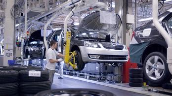 Egyszerre kellene újraindítani az autógyárakat Európában