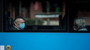 Merkely Béla: Segít a járvány lassításában, ha minél többen viselnek textilmaszkot