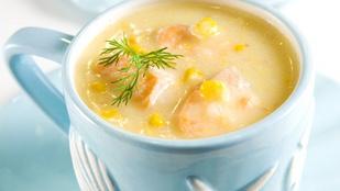 Baconös-kukoricás leves kaporral – gyorsan elkészül, finom, és a csípős ételek rajongói is szeretni fogják