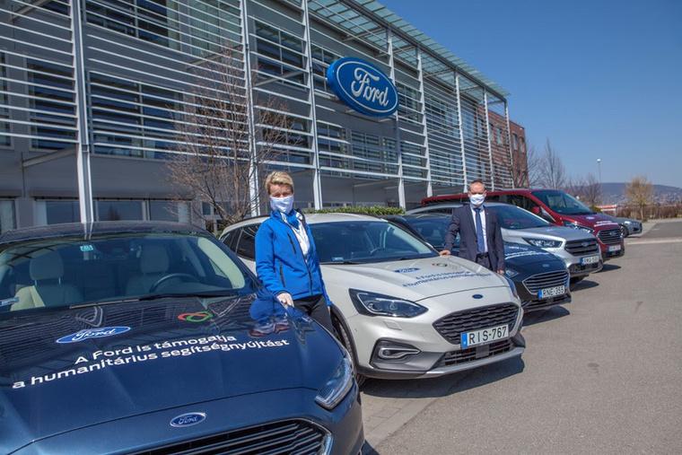 A Ford is autókkal segít