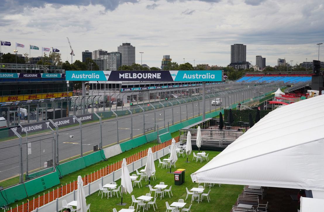 A melbourne-i Albert Park versenypálya 2020. március 13-án, miután a koronavírus-járvány miatt törölték a két nappal később esedékes Ausztrál Nagydíjat.