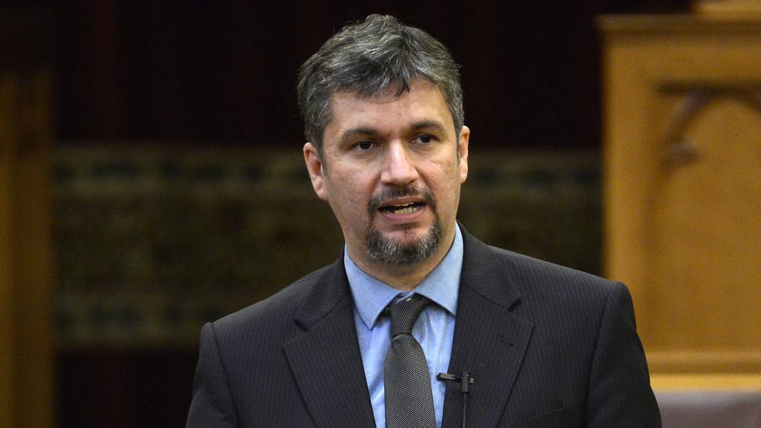 Mészárost adóztató javaslatot adtak be Hadházyék