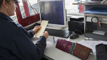 Május 15-ig hosszabbítaná meg az EU a beutazási tilalmat