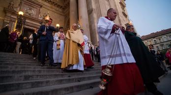 Nem lesz húsvéti körmenet, bezárt az Esztergomi Bazilika