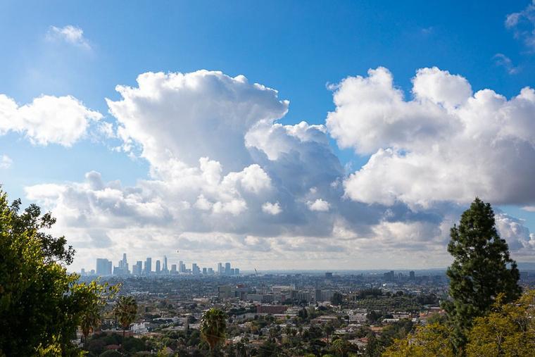 A palacsintatészta kevergetése közben a LA-i látképet is élvezheti!