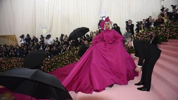 Ridley Scott-tal és Lady Gagával jön a Gucci-film