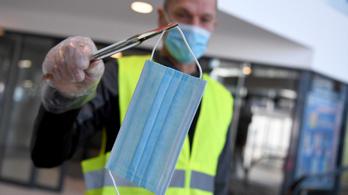 Bécsben hétfőtől kötelező lesz a maszkviselés a tömegközlekedési eszközökön