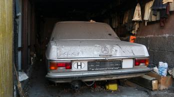 Garázsban felejtett Mercedes-Benz 200 D – 1972.