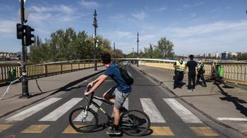 Lezárták a Margitszigetet, a Népszigetet és a Római-partot, tilos a Buda környéki erdők látogatása
