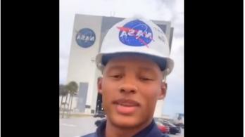 A NASA-nál lett gyakornok az NFL-es irányító